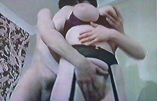 纹身常春藤Lebelle狗屎在你的屁股用小手 成熟的色情电影